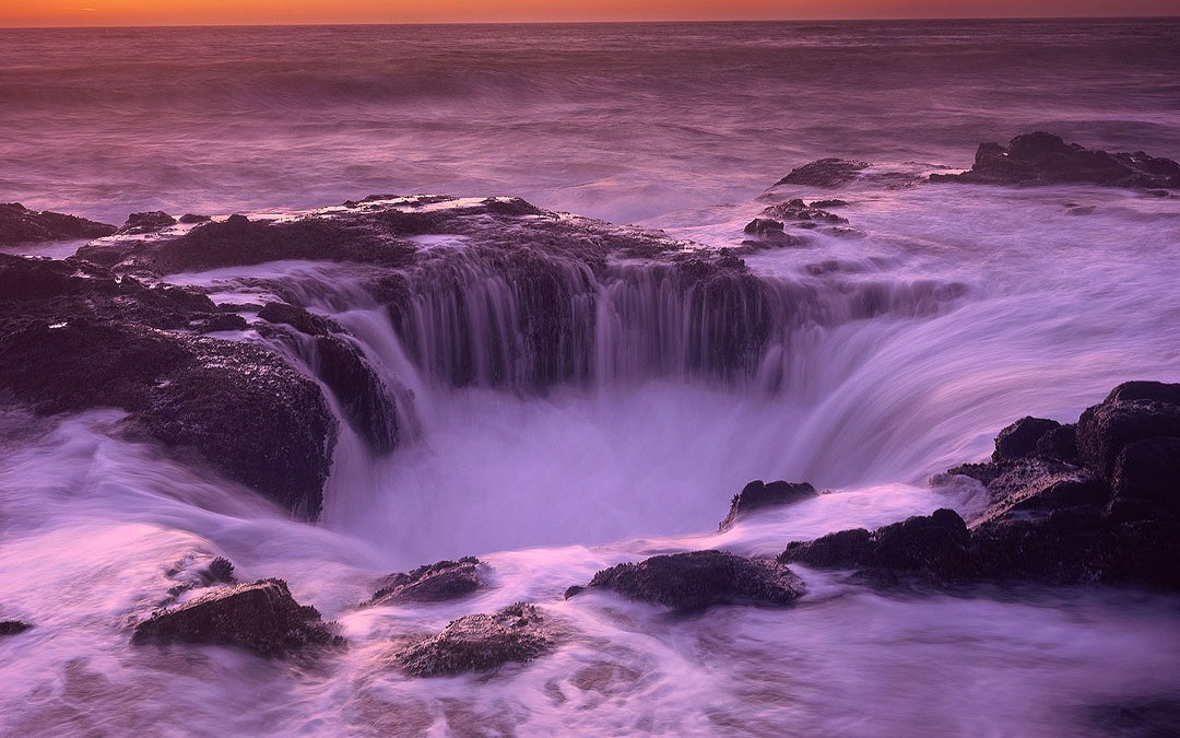 Thor's Well Photograph, Cape Perpetua, Oregon Coast.