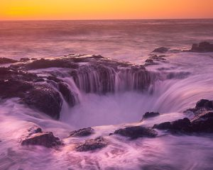 Thor's Well, Yachats, Oregon. Oregon Coast Landscape photography