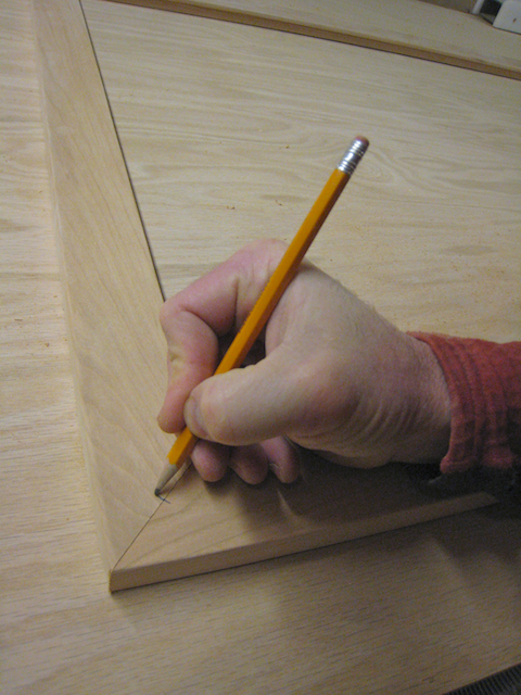 Marking a corner before joining and glueing