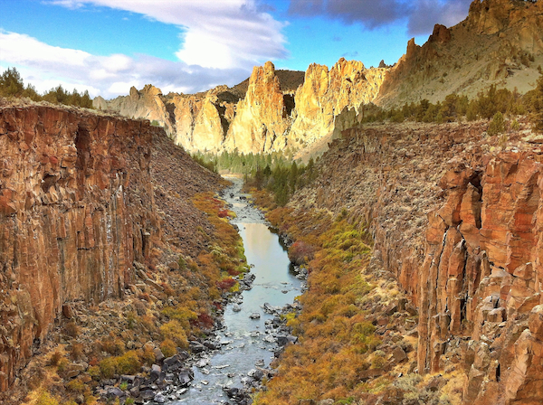 Water in the Desert, A Photographic tour of Central Oregon's Diverse Landscapes!