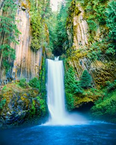 Toketee Falls Photo, North Umpqua River, Southern Oregon